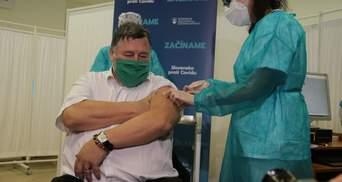 Третя в Євросоюзі: Словаччина почала вакцинацію від COVID-19