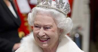 Королевские тайны красоты и долголетия Елизаветы II: отказ от курения, любовь к вину и другие