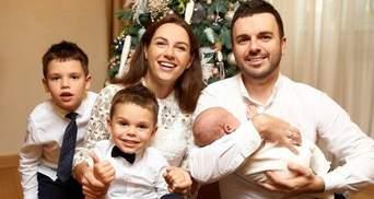 Семья Григория Решетника отпраздновала месяц рождения сына: милые фото