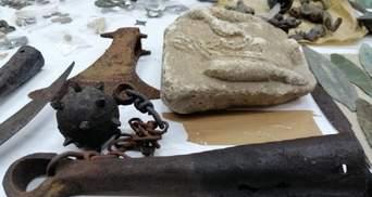 В Сербию пытались вывезти большую антикварную коллекцию из Украины: фото и детали