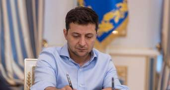 Рейтинг Зеленского вновь снизился: политолог назвал причины