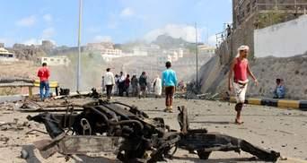 Второй взрыв за день: атаковали район дворца, куда прибыло правительство Йемена