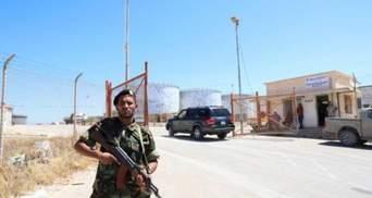 Росія заявила про звільнення з полону у Лівії трьох росіян та українця