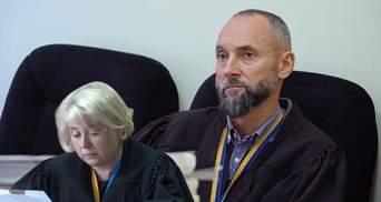 Заборонили бачитись матері з донькою: як колезі судді Вовка Качуру дозволили викрасти дитину
