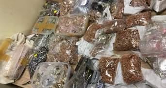 СБУшника викрили на розтраті арештованого золота та срібла: сума вражає