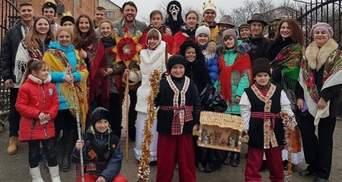 С вертепом: Сергей Притула показал архивное рождественское фото
