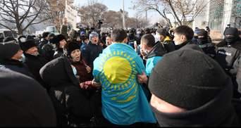 Неспокійний день виборів у Казахстані: понад 100 затриманих – фото, відео