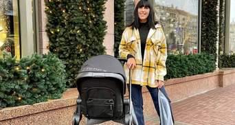 У стильному образі: Джамала поділилась світлинами з прогулянки з сином