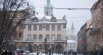 Львов, Днепр, Одессу и еще несколько регионов Украины засыпало снегом: сказочные фото, видео