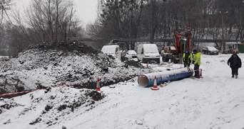 Одне будують – інше ламають: екскаватор будкомпанії пошкодив газопровід у Києві