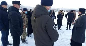 На Волыни попрощались с ветераном АТО Мельником: фото