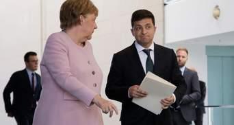 Зеленський поговорив з Меркель і попросив допомоги з вакциною
