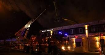 В Одессе произошел пожар в гостинице: фото, видео