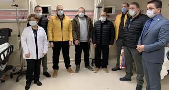 Спасенных моряков выписали из больницы: их готовят к возвращению в Украину