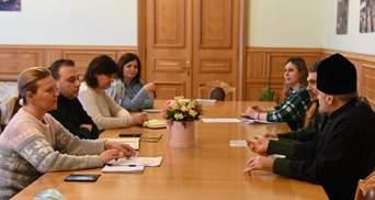 Военные капелланы должны получить статус Защитника Украины, – Лапутина