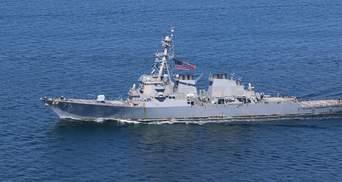 Біля України в Чорному морі есмінець ВМС США провів спільні навчання з авіацією НАТО
