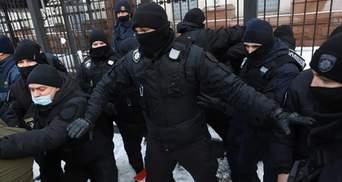 Толкотня под Офисом Президента: в Украине возобновились тарифные протесты – фото, видео