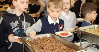 Школы вернулись к мультипрофильному питанию: чем кормят учеников – фото