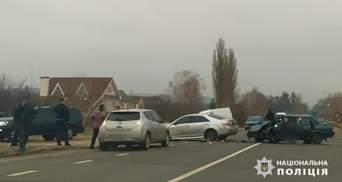 Працівницю ДФС підозрюють у вчиненні масштабної смертельної ДТП на Харківщині: фото
