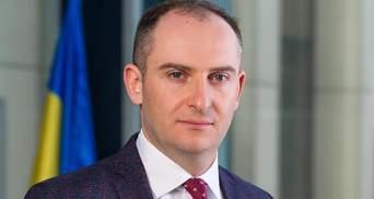 Большая часть достижений, которыми щеголяет Любченко, – виртуальные, – экс-глава ГНС Верланов