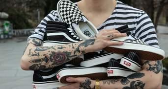 Тату-мастера показали свои любимые татуировки, которые их вдохновляют: видео