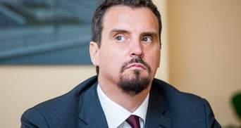"""Абромавичуса відкликали з наглядової ради """"Ощадбанку"""": деталі"""