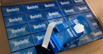 """В аеропорту """"Бориспіль"""" вилучили контрабанду цигарок з ОАЄ: везли товар на 10 мільйонів"""
