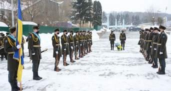 За Украину нужно бороться, – Садовый провел параллели боевых действий в Афганистане и на Востоке