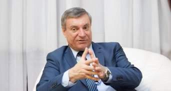 """Собирают подписи за отставку: """"слуги"""" планируют рассмотреть ситуацию с Уруским"""