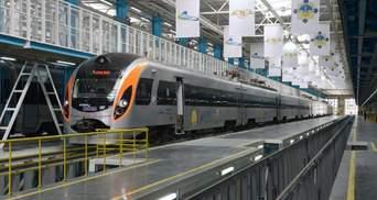 Гірськолижні курорти поруч: Укрзалізниця запускає додатковий поїзд до Чернівців