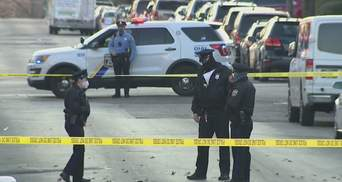 Неизвестные открыли огонь по группе людей в США: среди пострадавших – и пожилые, подростки
