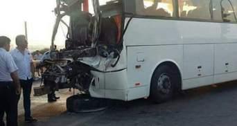 В Египте автобус с украинцами попал в ДТП: 3 человека получили травмы