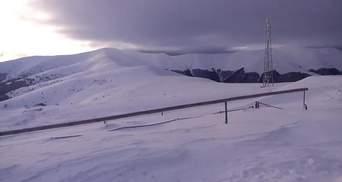 На высокогорье Карпат – значительная снеголавинная опасность
