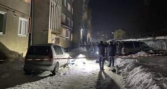У Дрогобичі в чоловіка біля під'їзду граната вибухнула прямо в руках: відео
