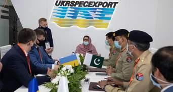 """Контракт на понад 85 мільйонів доларів: про що домовився """"Укроборонпром"""" з Пакистаном"""