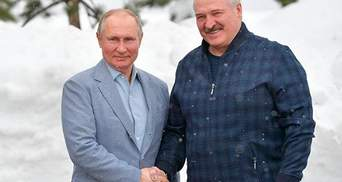 Лукашенко втримується при владі лише завдяки Росії, – Губаревич