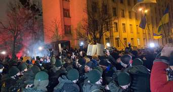 У сутичках на Банковій постраждали 27 правоохоронців, а 24 активістів затримали