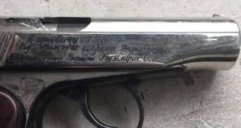 У Києві судитимуть поліцейського-наркоторговця: це у нього знайшли пістолет Януковича