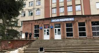 Кількість жертв від пожежі у лікарні Чернівців зросла: ще один чоловік помер в лікарні