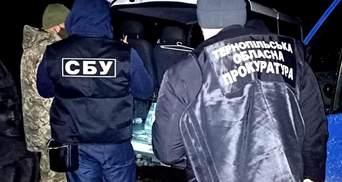 Мільйон гривень хабаря: СБУ викрила податківця на Тернопільщині