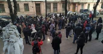 Проти червоної зони: у Чернівцях протестували підприємці – відео