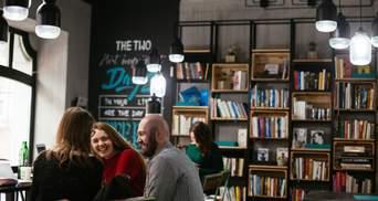 Не зарплатою єдиною: для чого працівникам офісна бібліотека і що таке Book Box