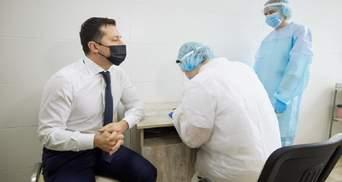 Добрі та погані новини: що відбувається з вакцинацією в Україні та світі