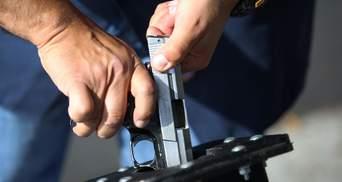 На месте гибели Флойда в США застрелили человека