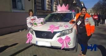 В Одессе состоялось яркое женское ралли: фото