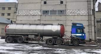 На Рівненщині ДФС викрила масштабне виробництво незаконного спирту