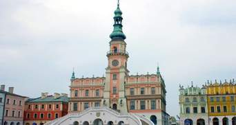 Скандал зі стадіоном імені Шухевича: польське місто Замосць розірвало партнерство з Тернополем