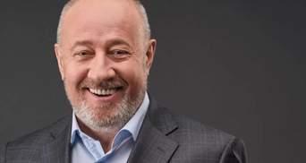 На каждого из украинских олигархов можно наложить санкции, – Чумак