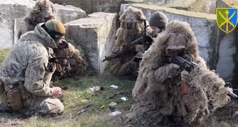 Вчаться протидіяти диверсіям: на кордоні з Кримом проходять навчання ЗСУ – відео