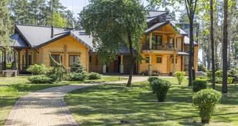 Дома для отдыха, – в АРМА сказали, что могут сделать с дачей Януковича в Сухолучье